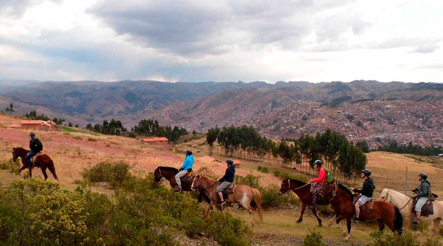Cabalgata Fotos.Cabalgata In Sacsayhuaman Explo Tours Cusco
